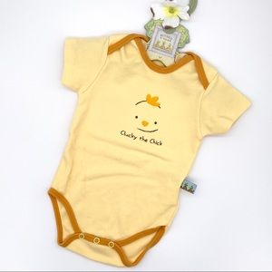 EUC Bunnies By The Bay Clucky the Chick Onesie 3-6